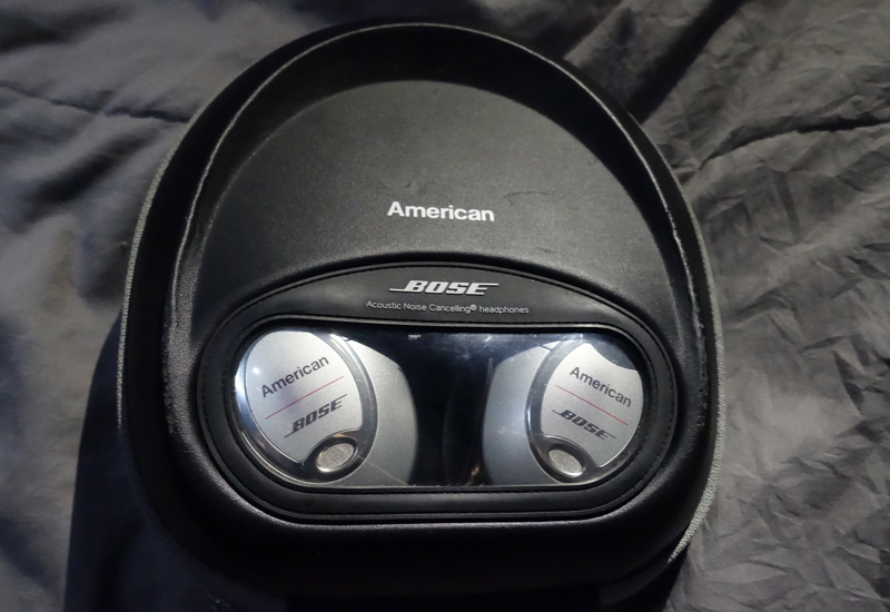 Bose Noise Canceling Headphones, American A321 Business Class review