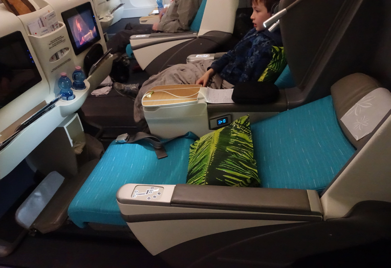 Review: Air Tahiti Nui Business Class A340-300