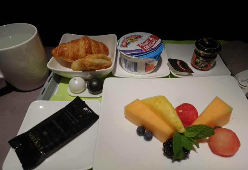 Breakfast Fruit, Yogurt and Pastry, Air Tahiti Nui Business Class Review
