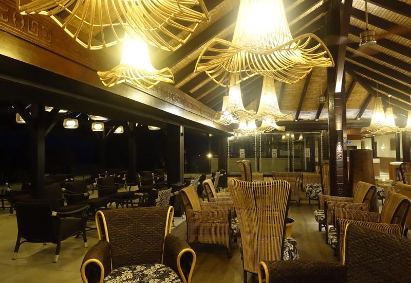 InterContinental Tahiti Review - Lobby Seating