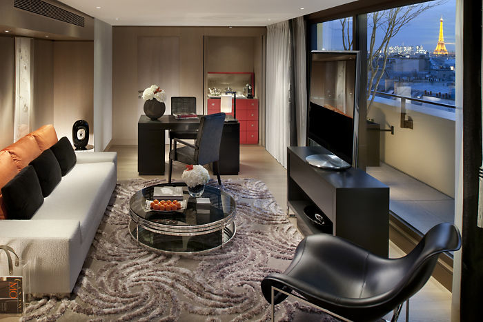 Mandarin Oriental Paris: 4th Night Free with Fan Club Benefits