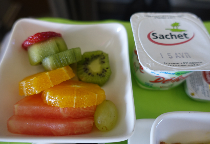 Breakfast Fruit, Air Tahiti Business Class Review A340-300