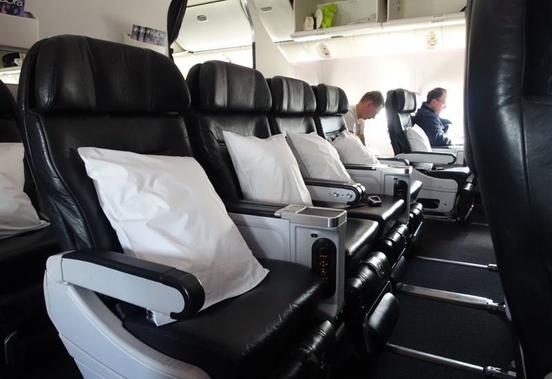 Review: Air New Zealand Premium Economy 777-200ER