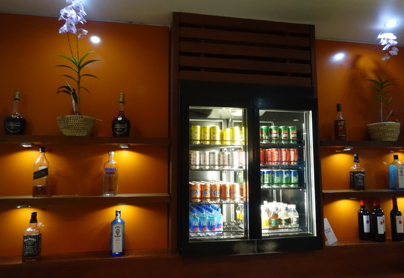 Spirits and Wines, Fiji Airways Nadi Airport Lounge Review