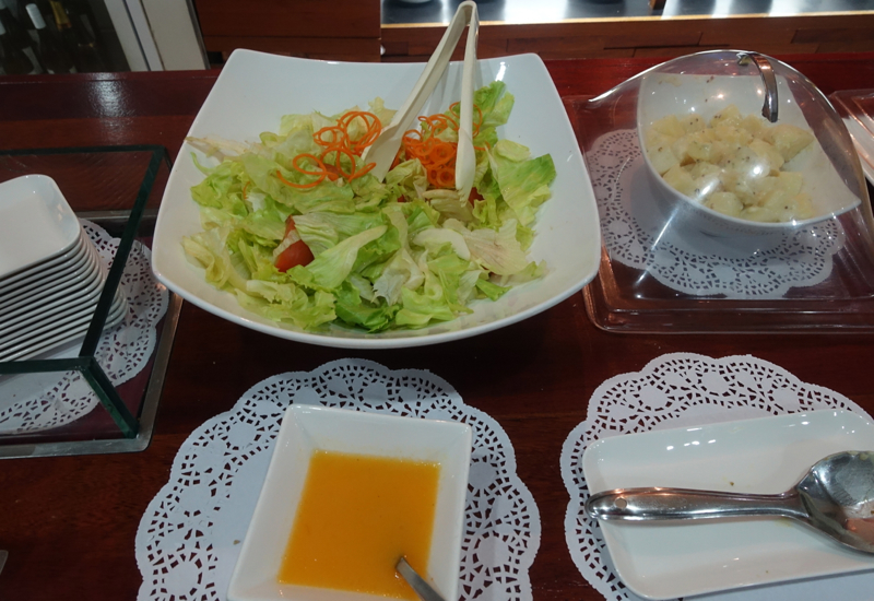 Salad, Fiji Airways Nadi Airport Lounge Review