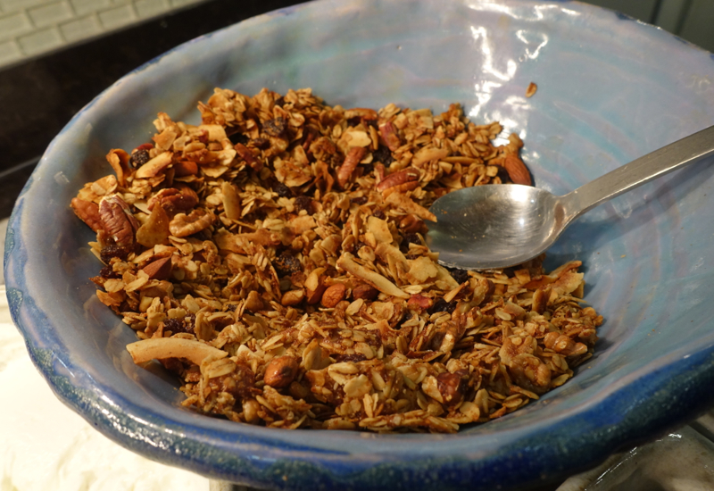 Granola, AMEX Centurion Lounge San Francisco Review