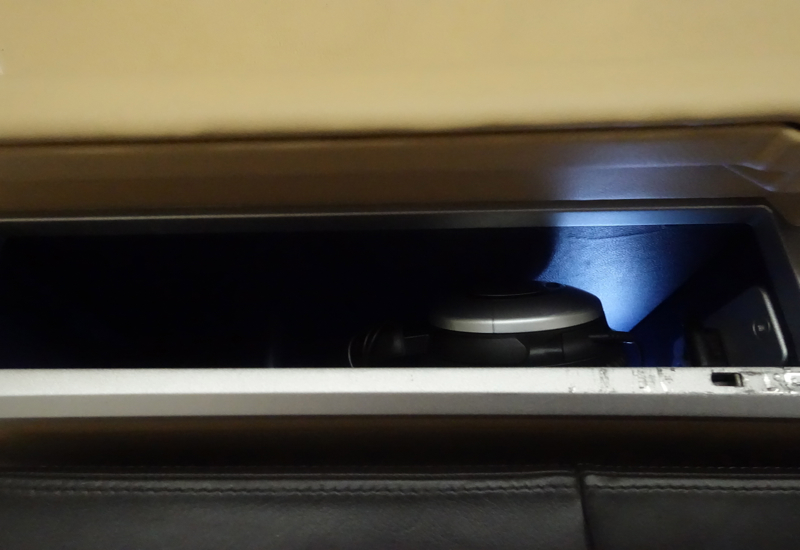 Noise Canceling Headphones, Lufthansa First Class Review 747-8
