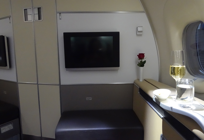 Ottoman and Rose, Lufthansa First Class Review 747-8