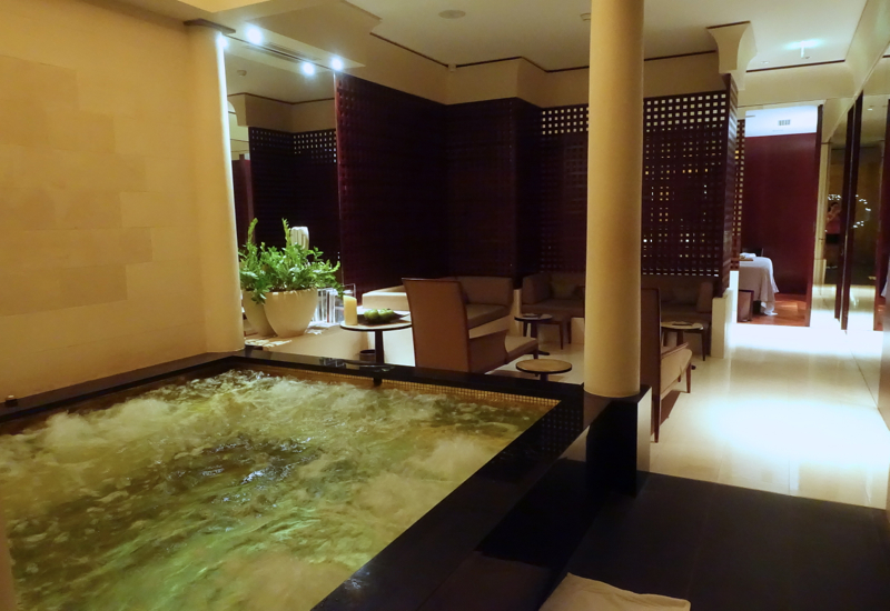 Park Hyatt Paris-Vendome Spa Jacuzzi