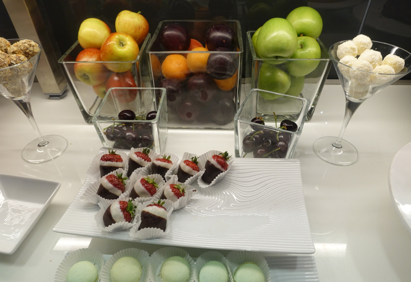 Chocolate Covered Strawberries, Lufthansa First Class Terminal Review
