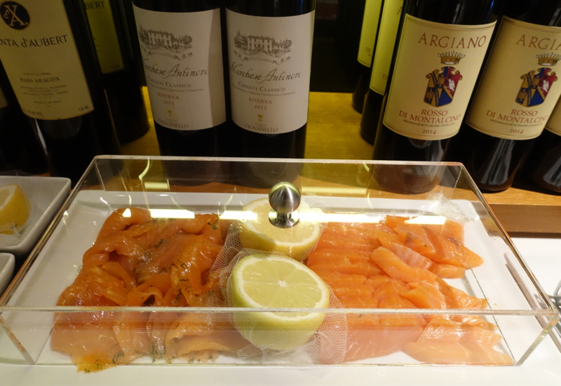 Smoked Salmon, Lufthansa First Class Terminal Review