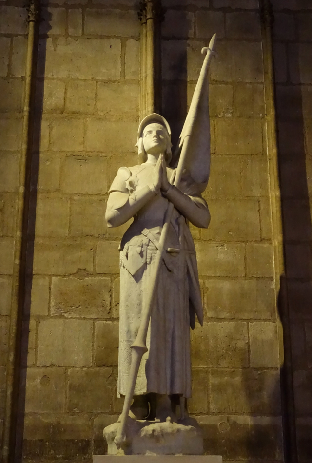 Joan of Arc Stature, Notre Dame, Paris Muse Walking Tour Review