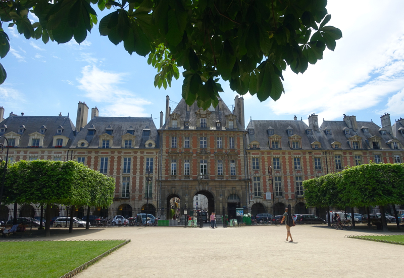 Places des Vosges, Paris Muse Walking Tour for Families Review