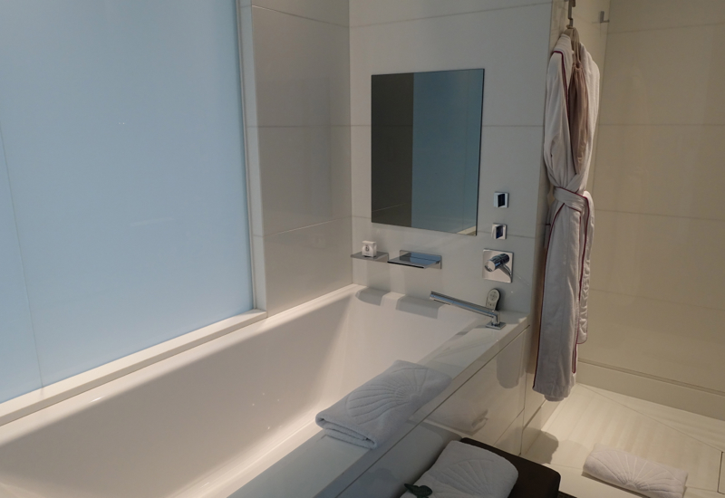 Soaking Tub, Mandarin Oriental Paris Hotel Review