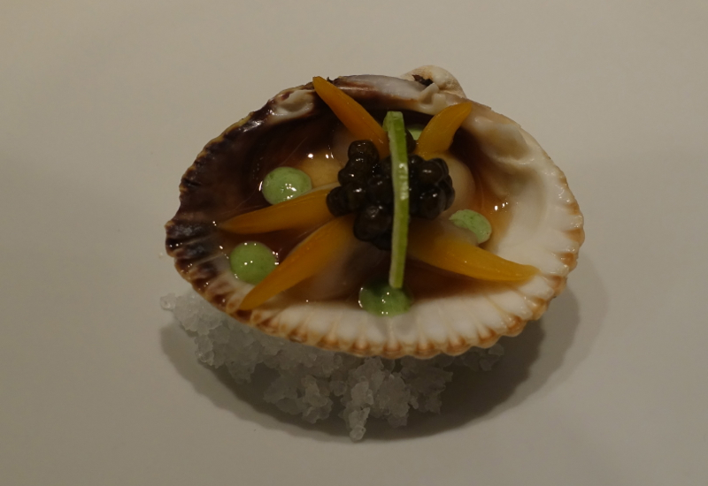Clam with Caviar Amuse Bouche, Mathieu Pacaud Histoires Review