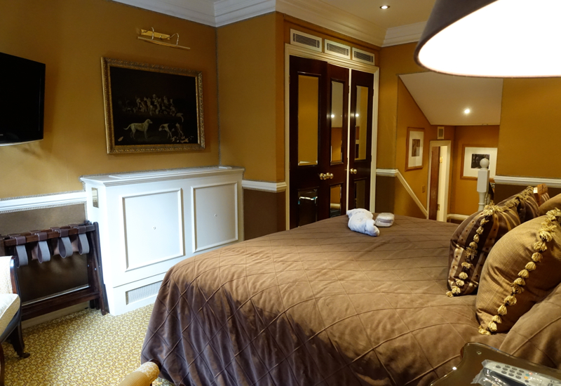 Deluxe Room King Bed, The Milestone Hotel London Review