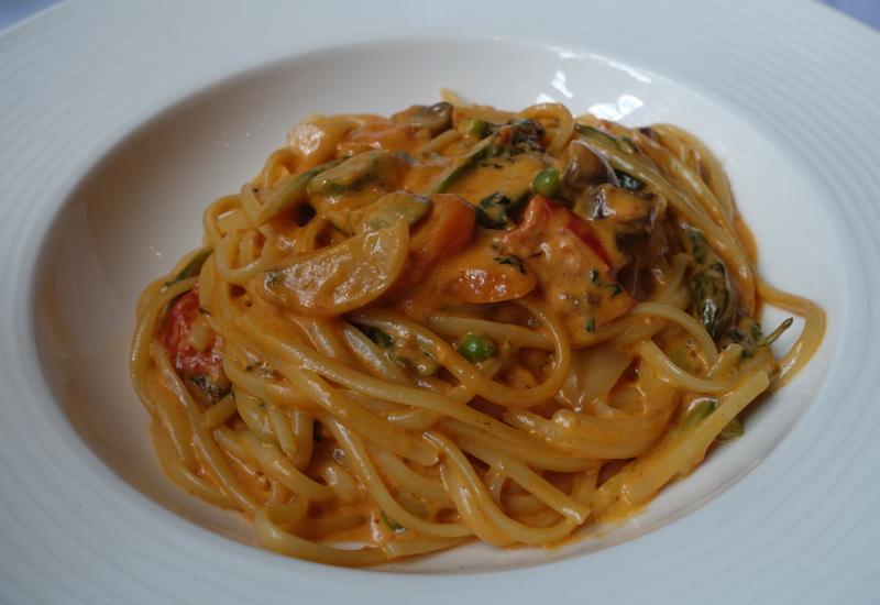 Linguine Pasta Primavera, Cheneston's Restaurant Review London
