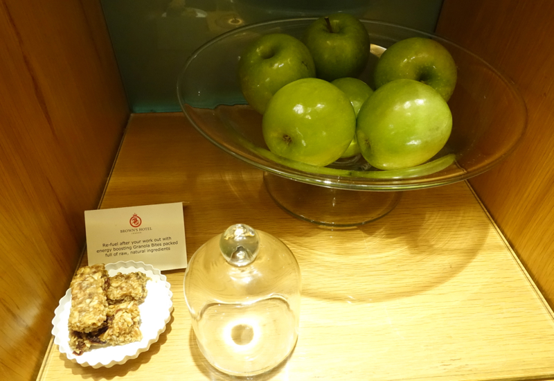 Apples and Granola Bars, Brown's Hotel London Review