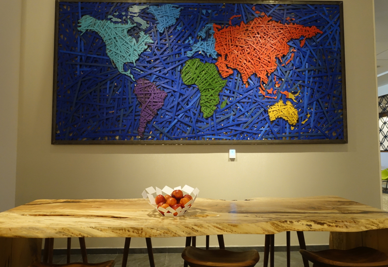 World Map and Communal Table, AMEX Centurion Lounge Houston Review