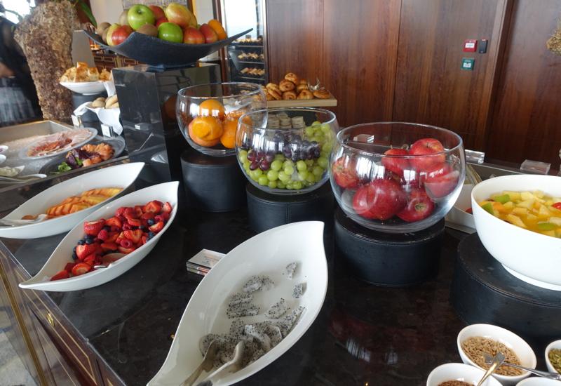 Fresh Fruit, TING Breakfast Buffet at the Shangri-La, London Review