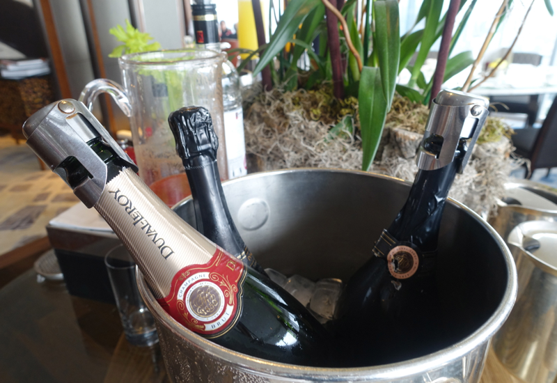 Champagne, TING Breakfast Buffet, Shangri-La London Review