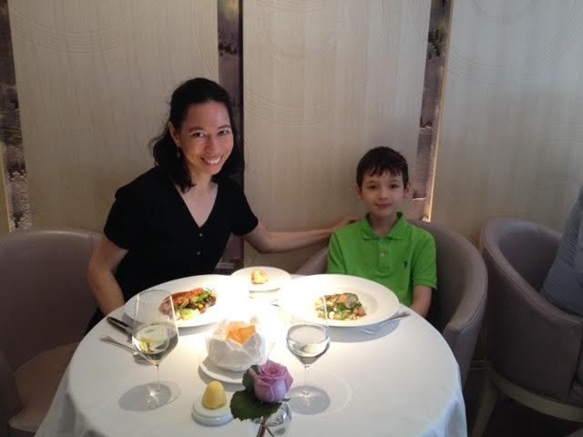 Lunch Review, Restaurant Gordon Ramsay, London