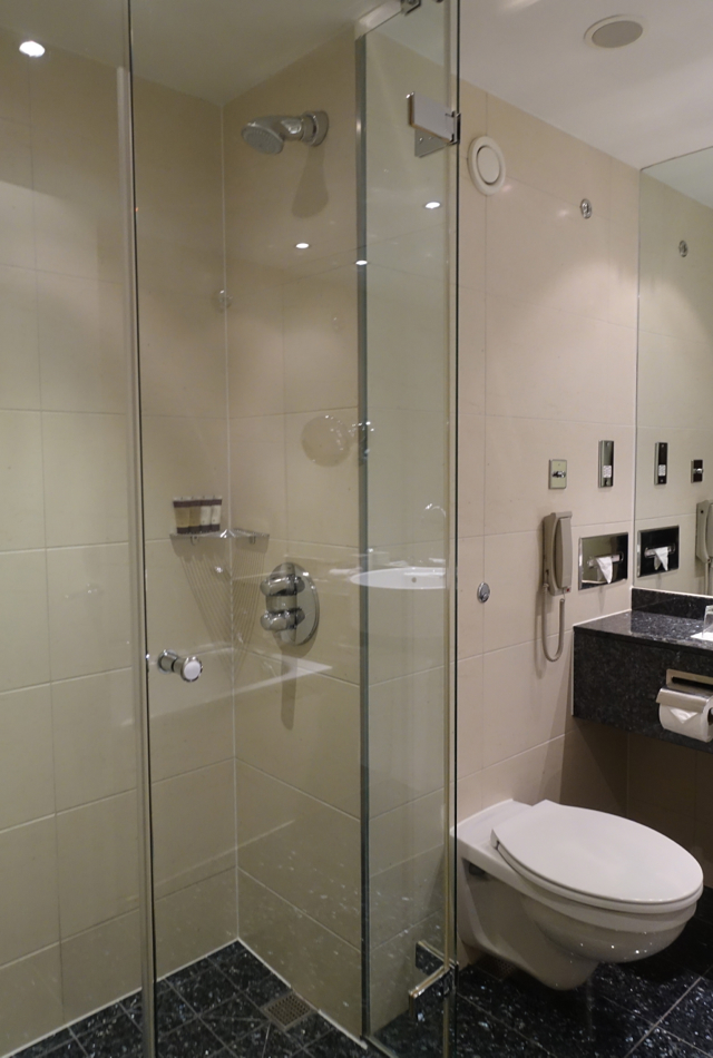 Classic Room Shower, Sofitel London Heathrow Review