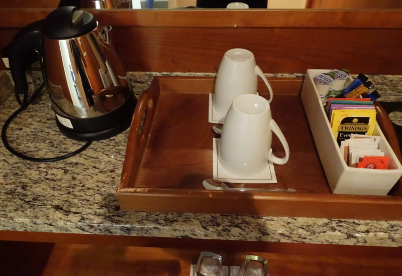 Tea Kettle and Twinings Tea, Sofitel London Heathrow Review