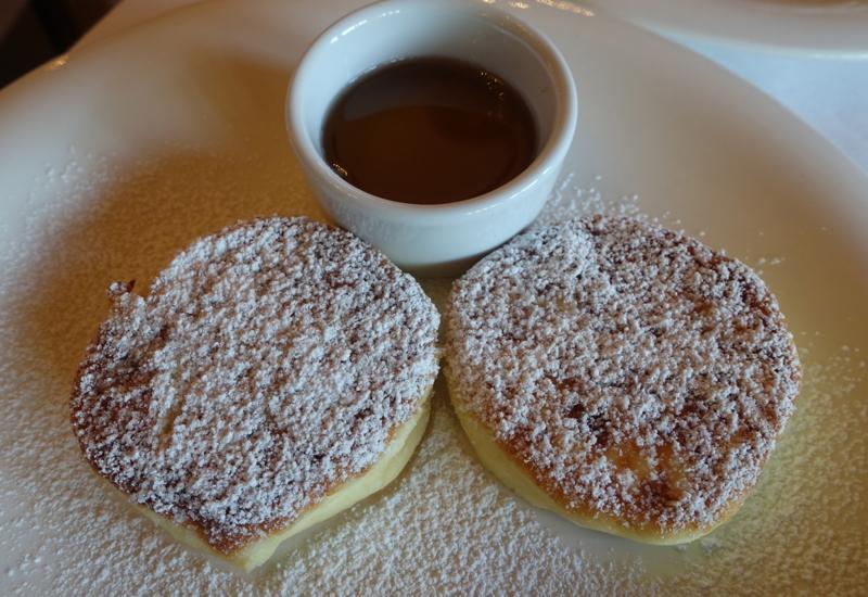Syrniki, Cafe Astoria Breakfast Review, St. Petersburg