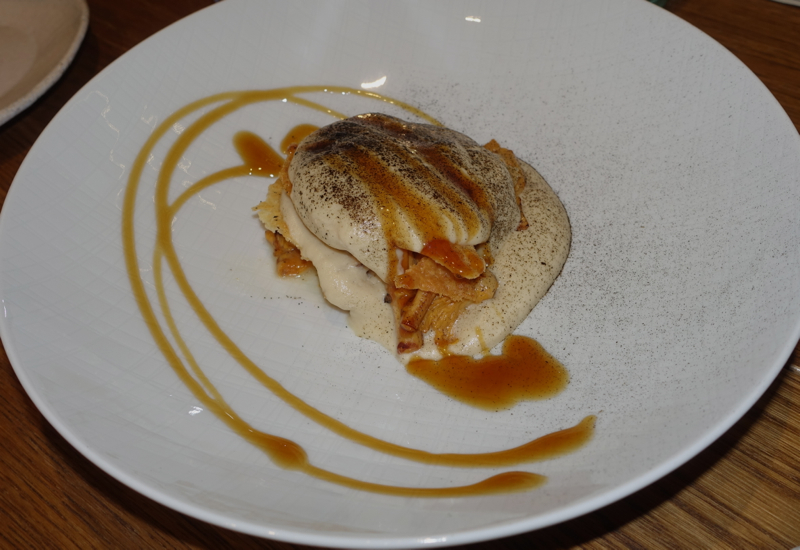 Millefeuille with Chanterelles, Duo Gastrobar, St. Petersburg Review