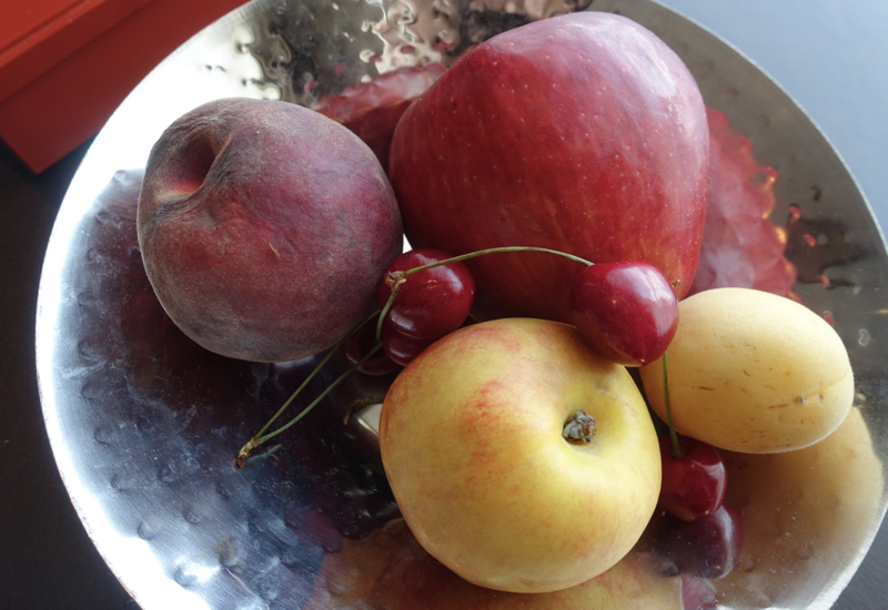 Rotten Fruit in Welcome Amenity, Park Hyatt Moscow Review