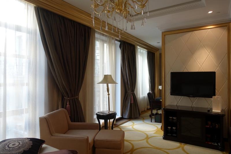 Superior Room, St. Regis Moscow Nikolskaya Review