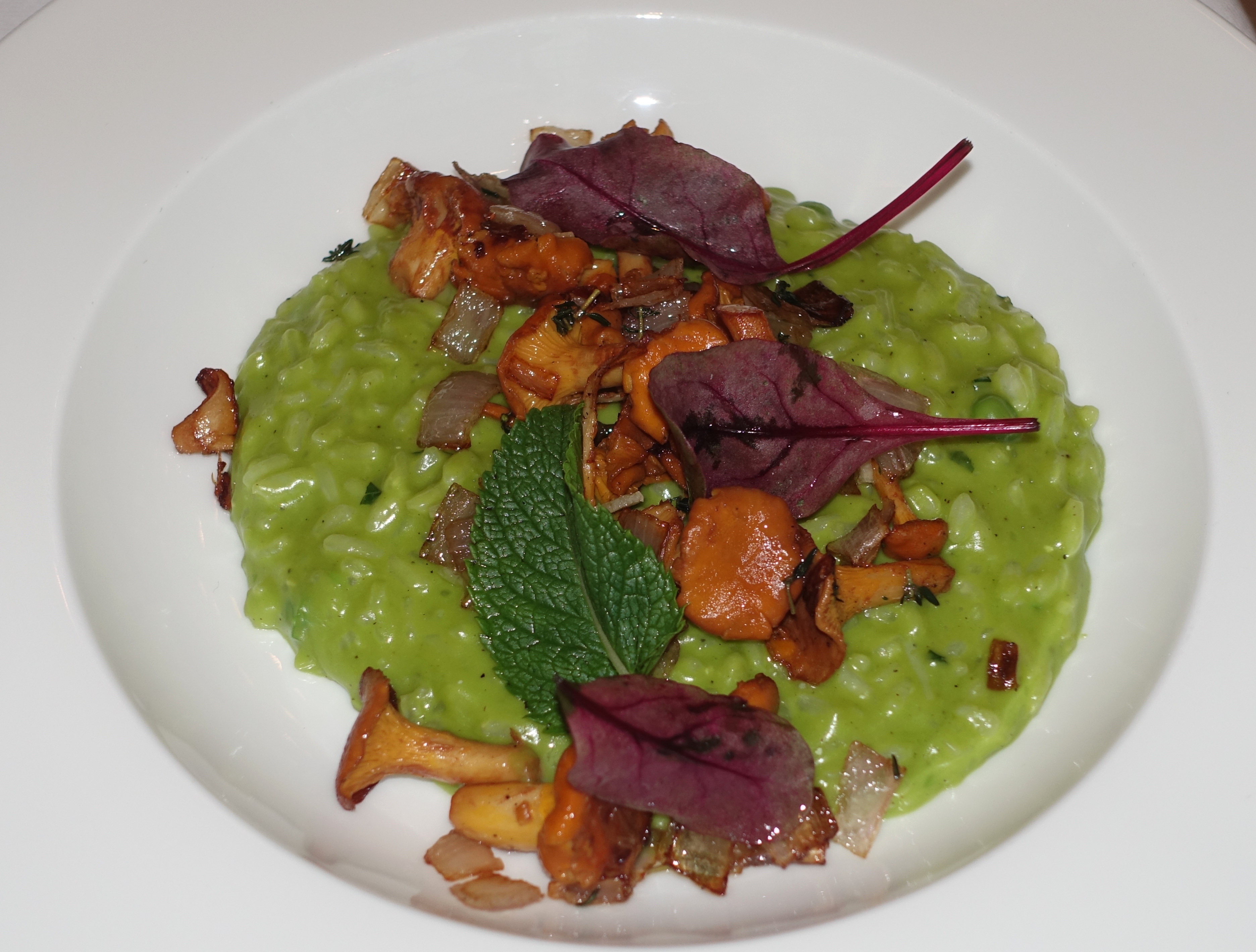 Chanterelles with Green Risotto, BOLSHOI Restaurant Review