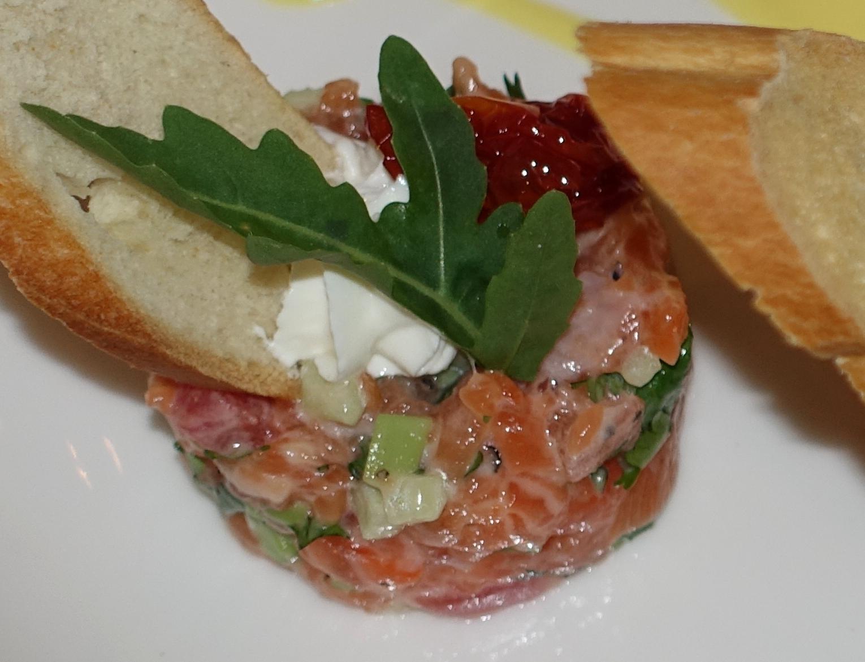 Salmon Tartare with Avocado, BOLSHOI Restaurant, Moscow REview