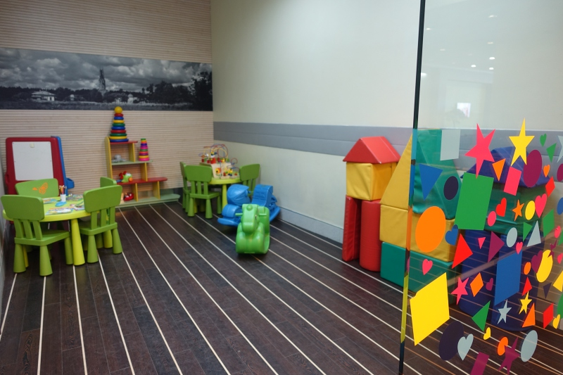 Kids' Playroom, DME Airport Lounge Review
