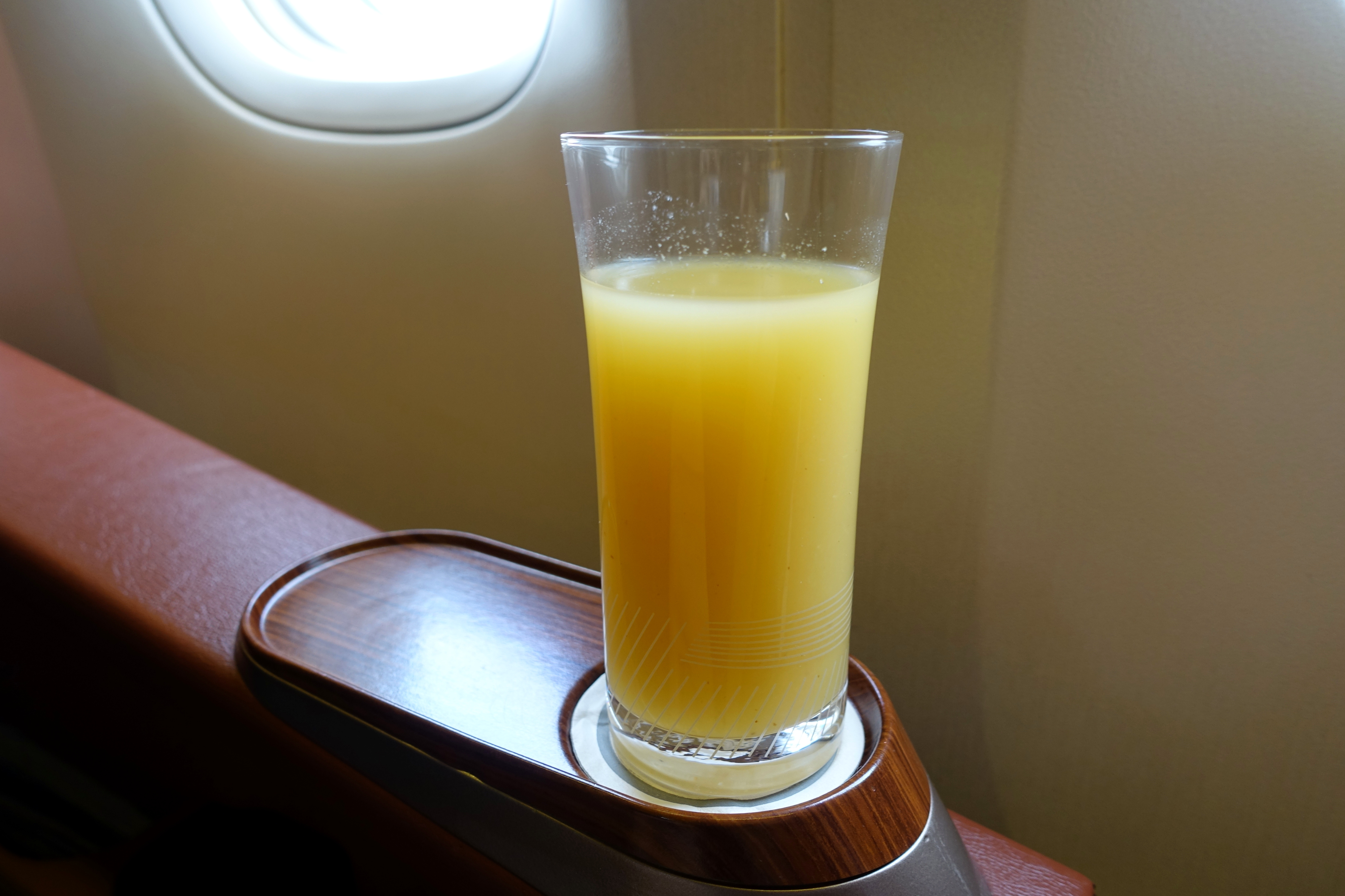 Singapore First Class 777 Review-Pre-Flight Drink