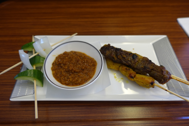 Chicken and Beef Satay with Peanut Sauce, Singapore First Class Review