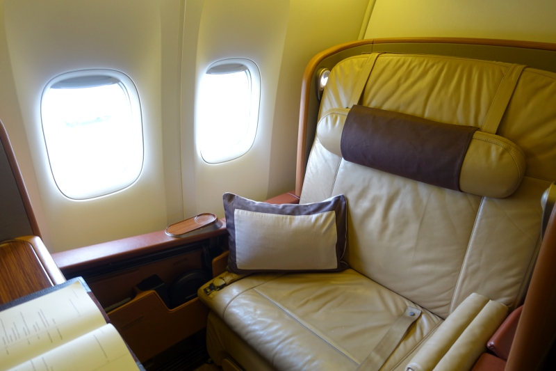 Singapore First Class Seat, 777-300ER Review