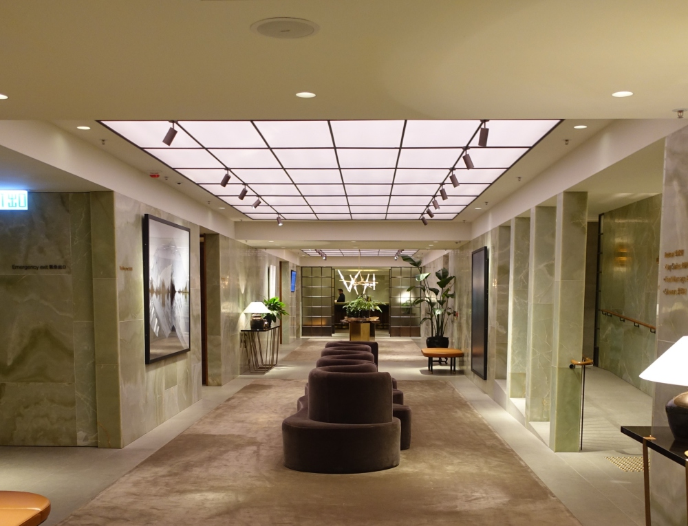 Review: Cathay Pacific The Pier First Class Lounge, Hong Kong Airport