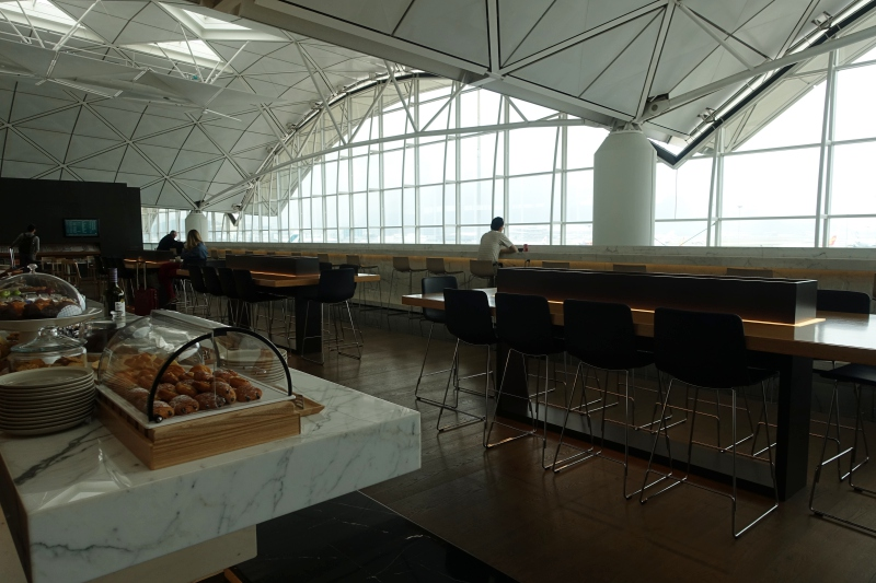 Cathay Pacific The Wing First Class Lounge Review, Hong Kong