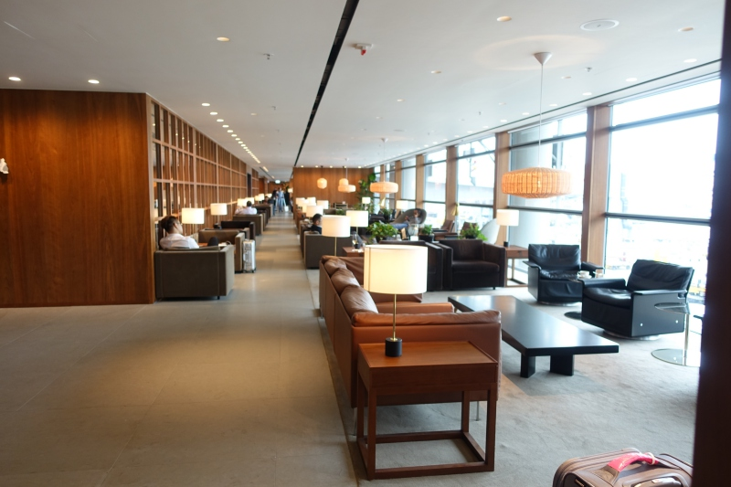 Lounge Review: Cathay Pacific's Renovated The Pier Business Class Lounge, Hong Kong HKG