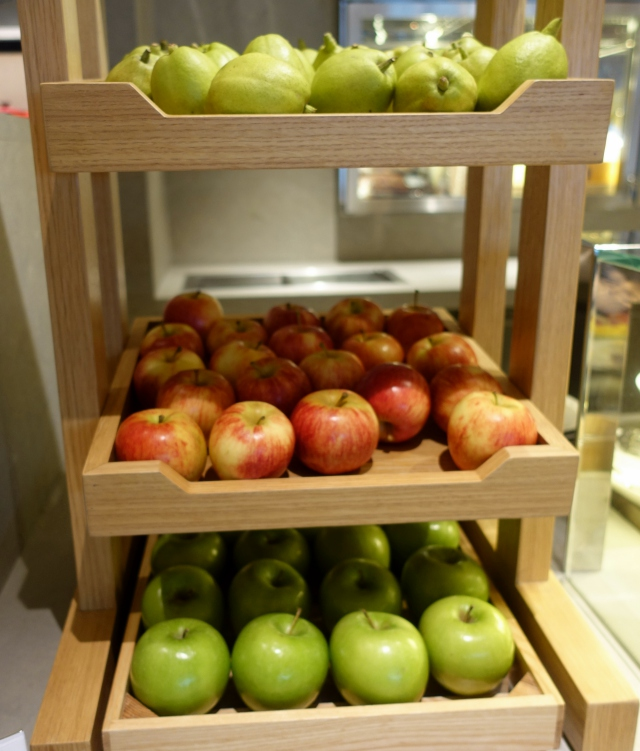 Whole Fresh Fruit, The Pier Business Class Lounge Review, HKG