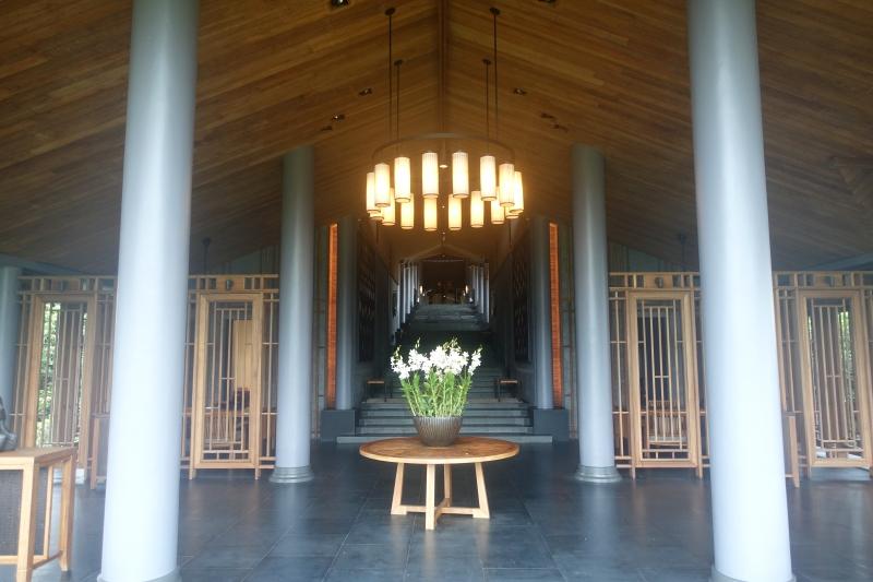 Amanoi Main Pavilion Lobby