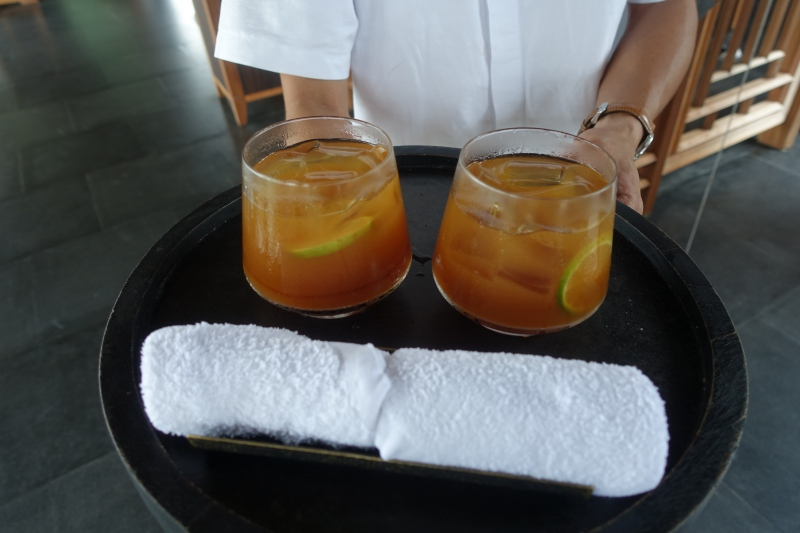 Welcome Drinks and Cool Towels, Amanoi Review