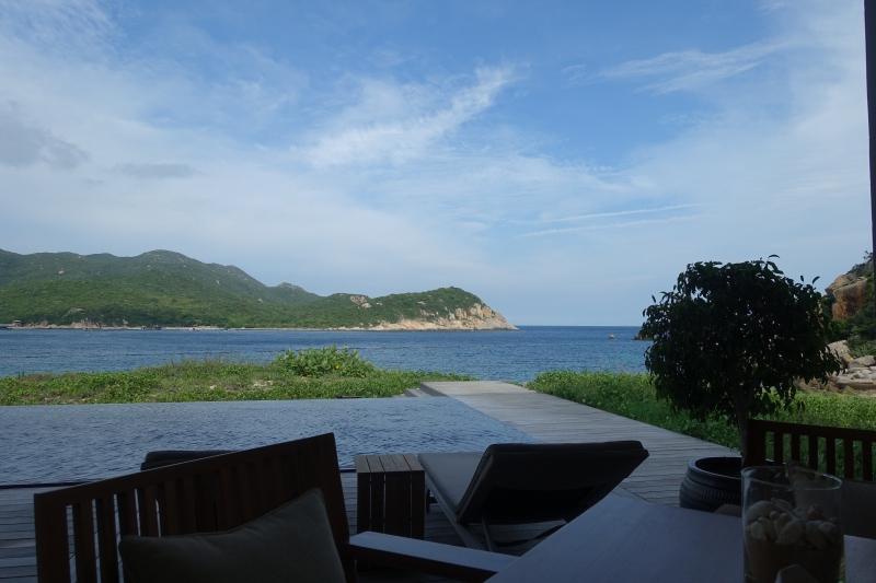 Amanoi Beach Club Restaurant Review