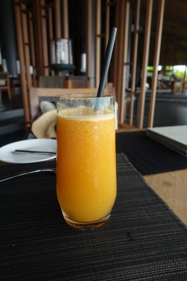 Fresh Squeezed Orange-Pineapple Juice, Amanoi Review