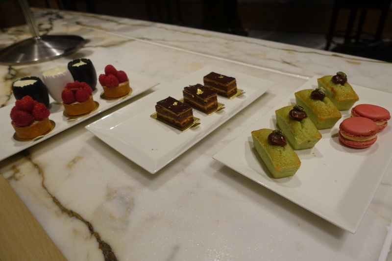 Desserts, Ritz-Carlton Hong Kong Club Lounge Review