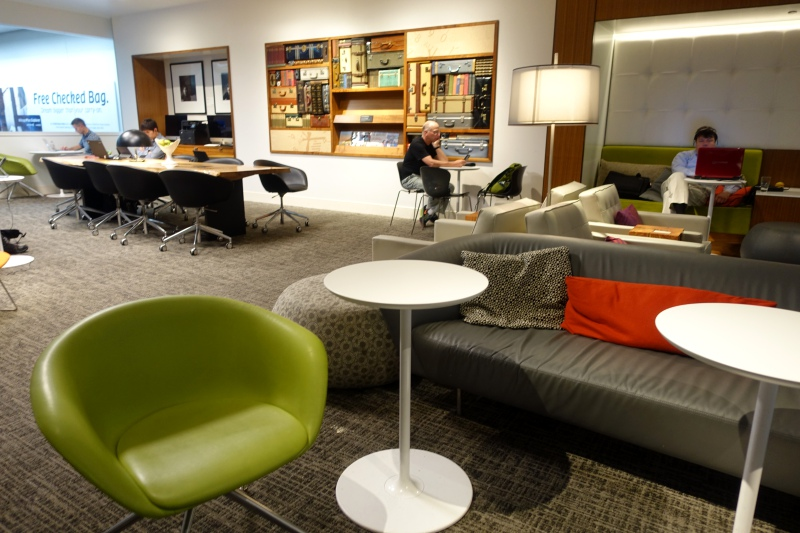 Communal Work Tables, AMEX Centurion Lounge SFO Review