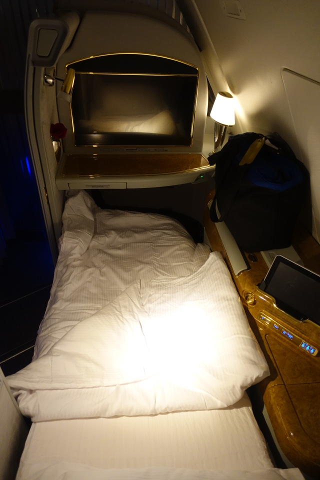 Emirates First Class Bed, A380 Review