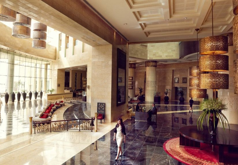 Raffles Dubai Hotel Review